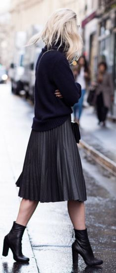 How To Wear The Midi Skirt This Fall
